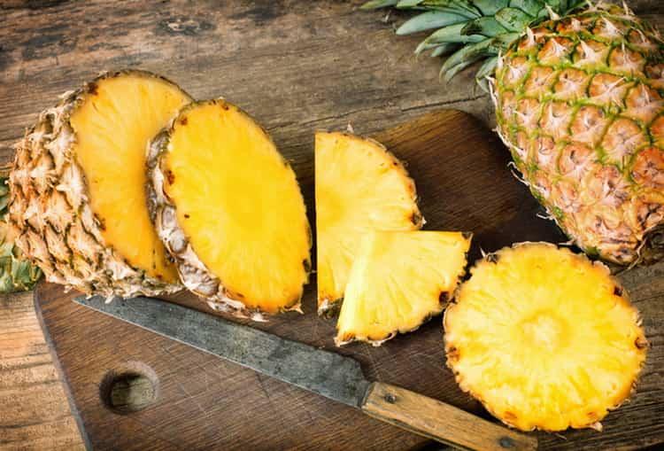 сколько калорий в ананасе свежем