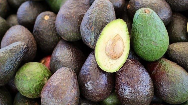 Узнайте, сколько калорий в 1 шт. авокадо.