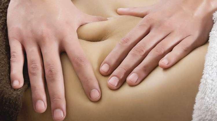 Если вас интересует, можно ли похудеть без диет, ответ да: один из способов это применение массажа.