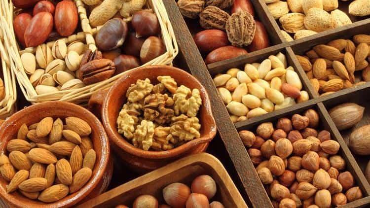 Хороший метод, как быстро похудеть без диет, это корректировка питания.