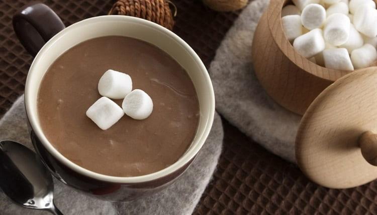 То, сколько калорий в какао. зависит от способа его приготовления и количества молока и сахара в напитке.