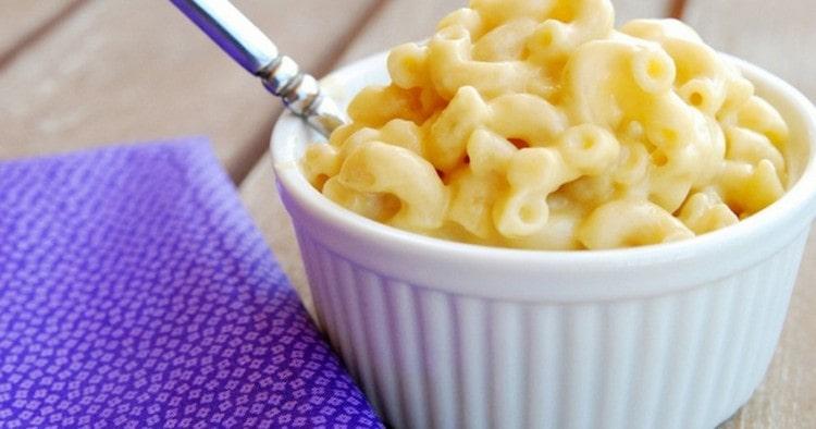 Калорийность макарон с сыром взрастает в разы.
