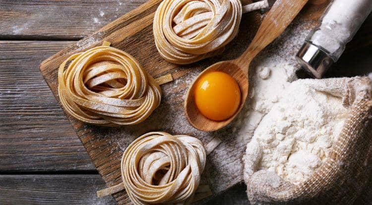 Узнайте, какова калорийность отварных макарон из твердых сортов пшеницы.