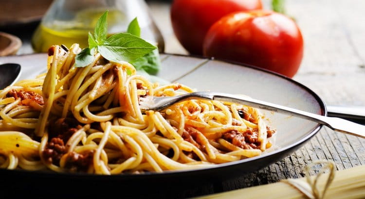 Узнайте, сколько калорий в вареных макаронах.