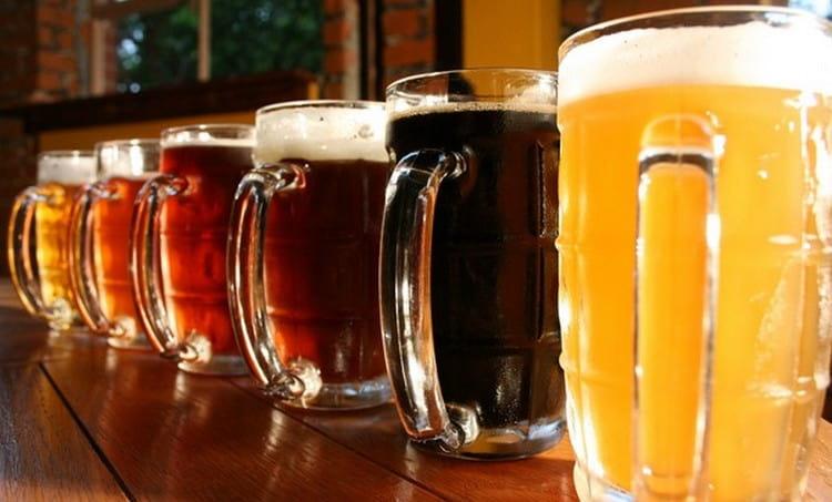 Количество калорий в пиве на 1 литр зависит от сорта напитка.