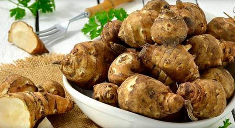 Учитывая пользу и вред топинамбура, есть разные рецепты его приготовления.