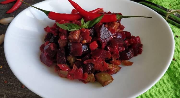 Можно также приготовить этот салат с адыгейским сыром.