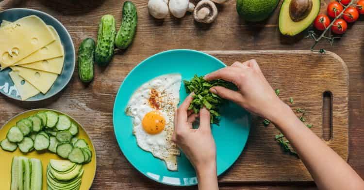 яичница калорийность на 100 грамм