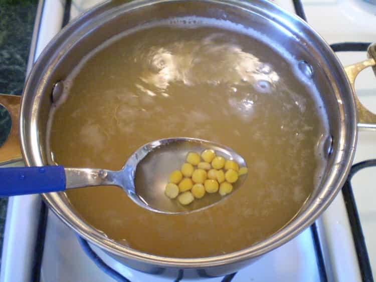 суп гороховый с курицей: калорийность