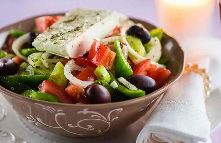 калорийность греческого салата с сыром фета с маслом