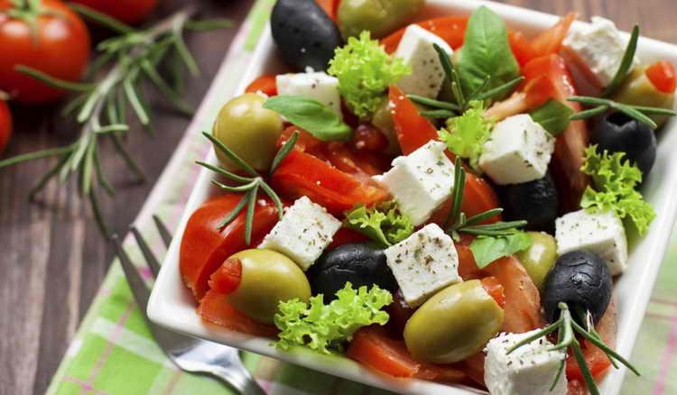 греческий салат калорийность