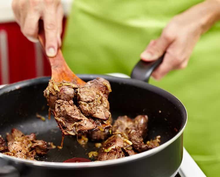калорийность куриной печени с луком