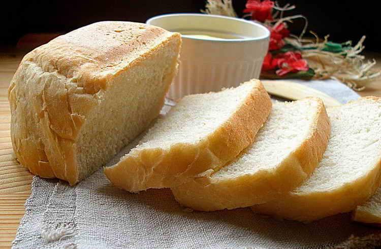 кусок хлеба калорийность