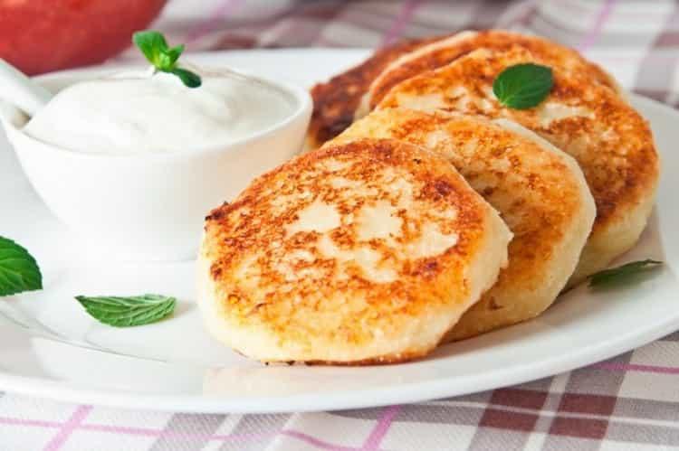 сколько калорий в каше манной на молоке с маслом