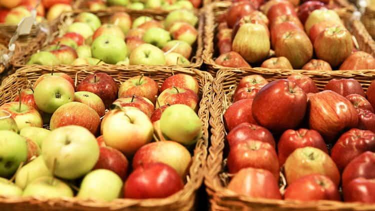 калорийность яблока и его польза