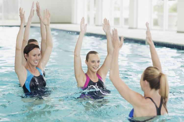 что лучше для похудения бег или плавание