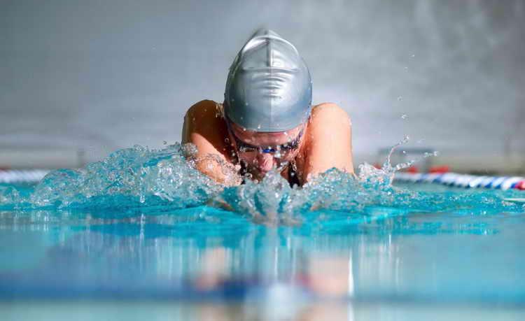 плавание для похудения для женщин отзывы