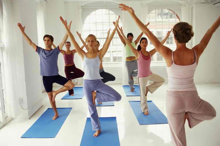 растяжки при беременности йога
