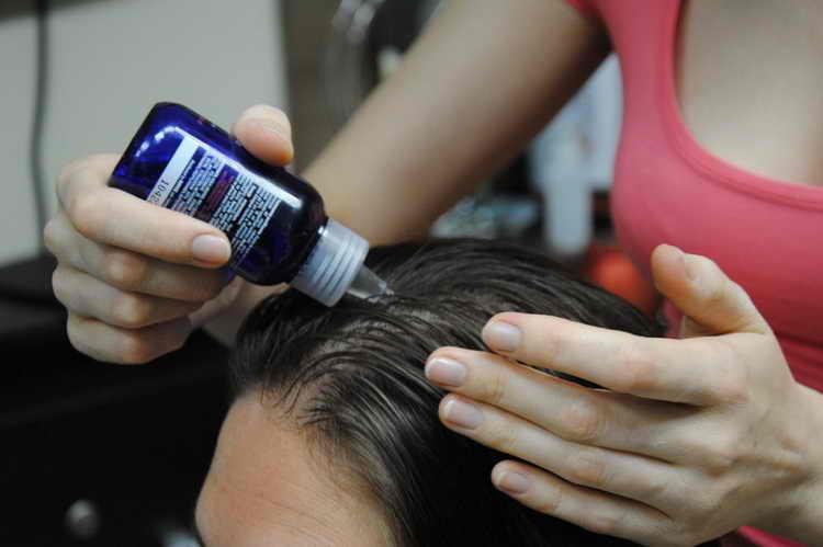 сухая кожа головы мытье