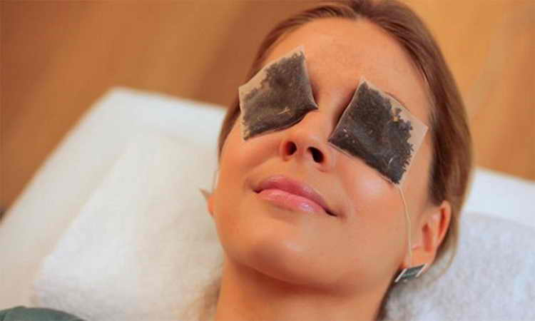 уход за кожей вокруг глаз после 25
