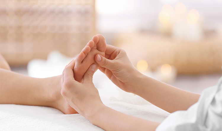 как делать массаж стоп