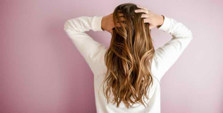 Шелушение кожи головы - причины, способы лечения. Эффективность и опасность народных средств от шелушения кожи головы